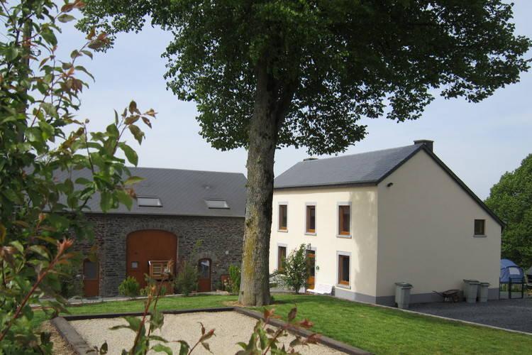 Boerderijen Belgie | Luxemburg | Boerderij te huur in Sainte-ode   met wifi 7 personen