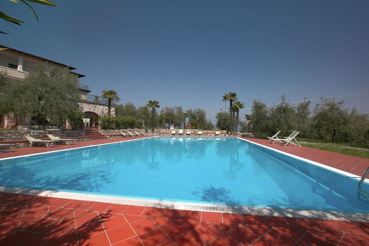 Vakantiehuizen Italie | Italiaanse-Meren | Vakantiehuis te huur in Soiano-del-Lago met zwembad  met wifi 2 personen