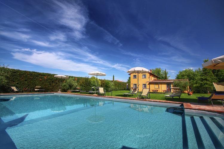 Boerderij met zwembad met wifi  CortonaGrano