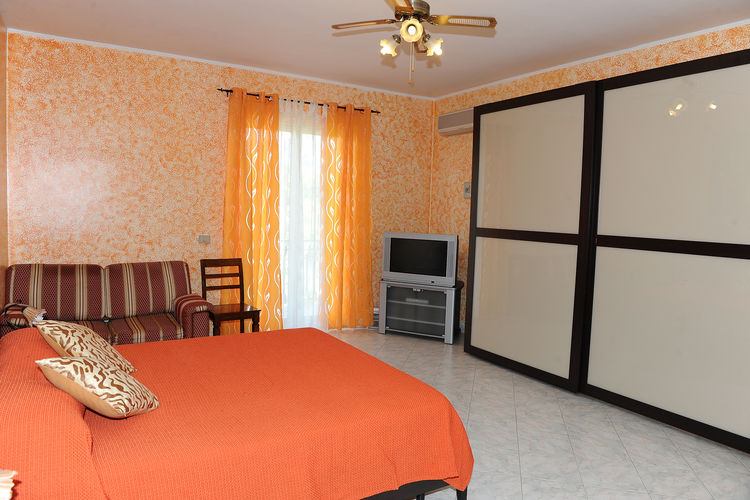 Holiday house Villa Don Salvatore (487018), Santa Venerina, Catania, Sicily, Italy, picture 8