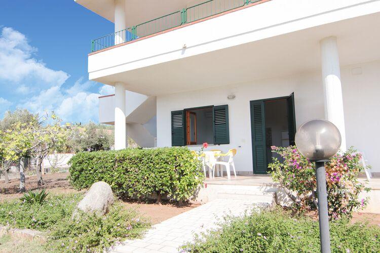 Vakantiehuizen Italie | Basilicata | Vakantiehuis te huur in San-Nicolo-di-Ricadi met zwembad  met wifi 4 personen