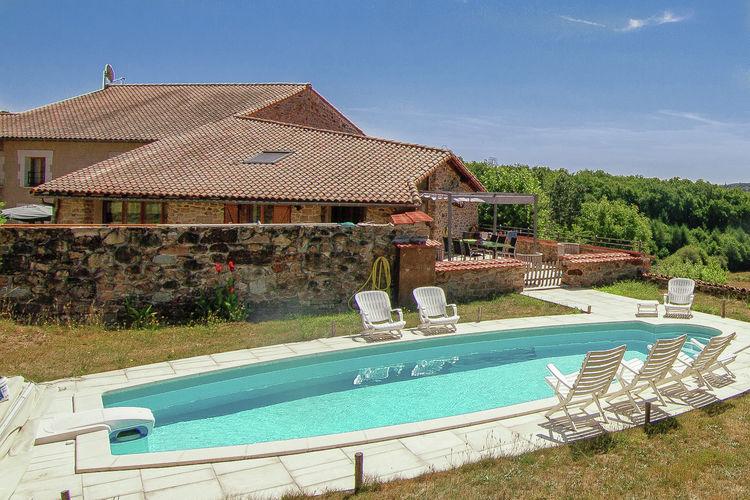 Vakantiehuis met zwembad met wifi  RoussinesDomaine de Bellac 32P