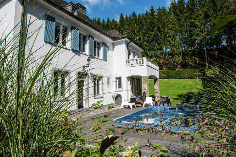 Vakantiehuizen Belgie | Luik | Vakantiehuis te huur in Malmedy met zwembad  met wifi 22 personen