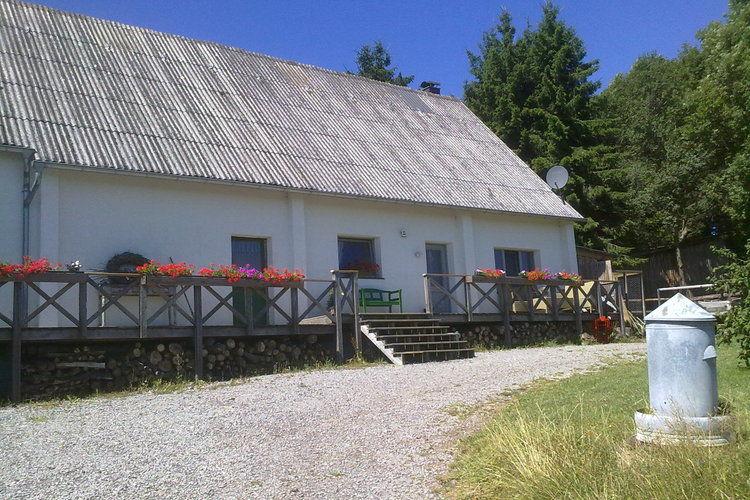 Boerderij huren in Hellenthal -     voor 4 personen  Twee-onder-een-kap boerderij op he..