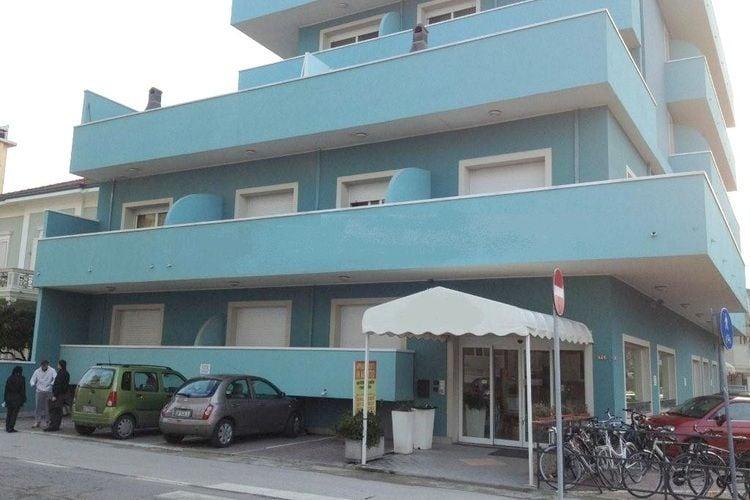 Rimini Vakantiewoningen te huur Residence op slechts enkele meters van het strand met zwembad