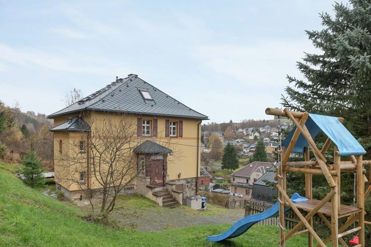 Duitsland | Saksen | Vakantiehuis te huur in Klingenthal   met wifi 9 personen