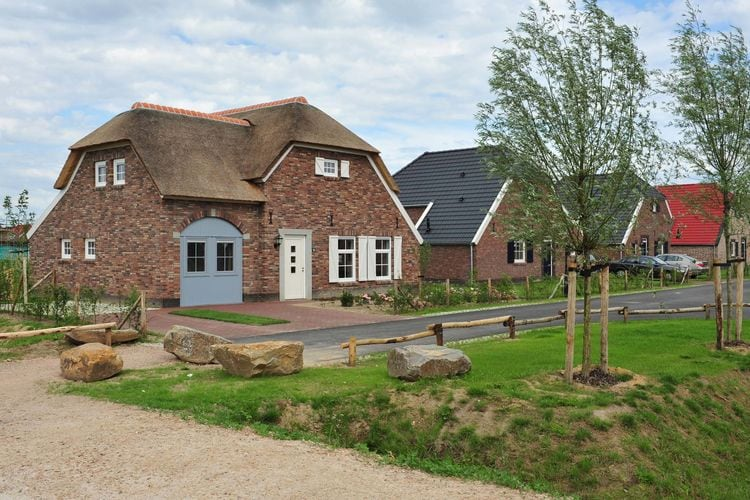 Villa Nederland, Limburg, Roggel Villa NL-6088-02