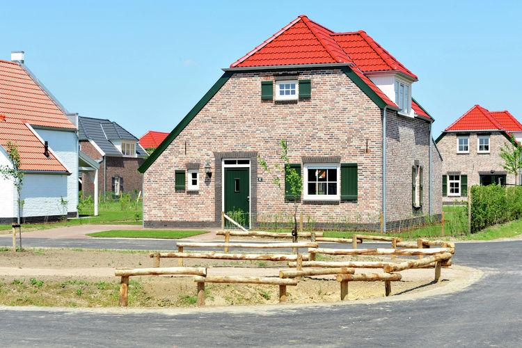 Villa met zwembad met wifi  Roggel  Buitenhof De Leistert 16