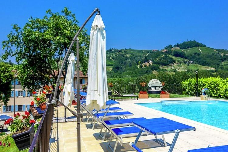In het hart van de wijnstreek,appartement in een gerestaureerd huis met zwembad