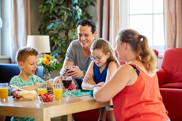 Villa Nederland, Limburg, Roggel Villa NL-6088-12