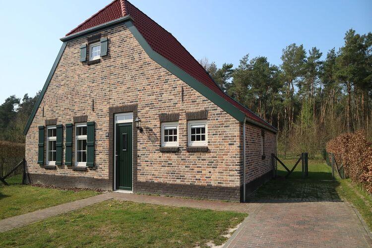 Vakantiehuizen Nederland | Limburg | Villa te huur in Roggel met zwembad  met wifi 9 personen