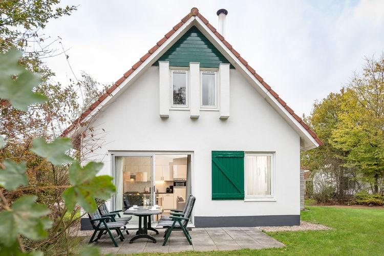 Hoogersmilde Vakantiewoningen te huur Verzorgd ingerichte, vrijstaande bungalow op vakantiepark voor rust- en natuurliefhebbers