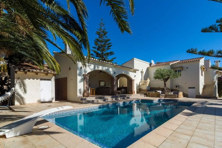 Villa met zwembad met wifi  MorairaIt Paradyske