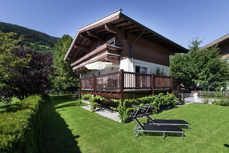 Bramberg-am-Wildkogel Vakantiewoningen te huur Gerenoveerde vrijstaande vakantiewoning in Bramberg op slechts 200m van de lift