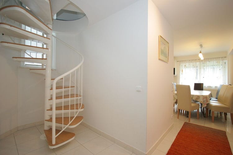 Ref: AT-5700-25 9 Bedrooms Price