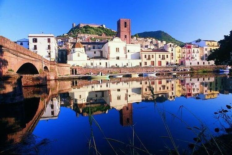 Italie | Sardegna | Vakantiehuis te huur in Bosa   met wifi 4 personen