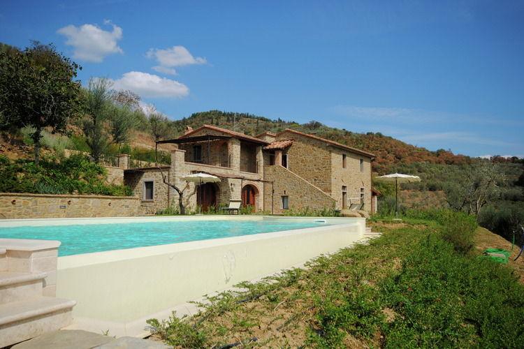 Mooie, authentieke villa met zwembad