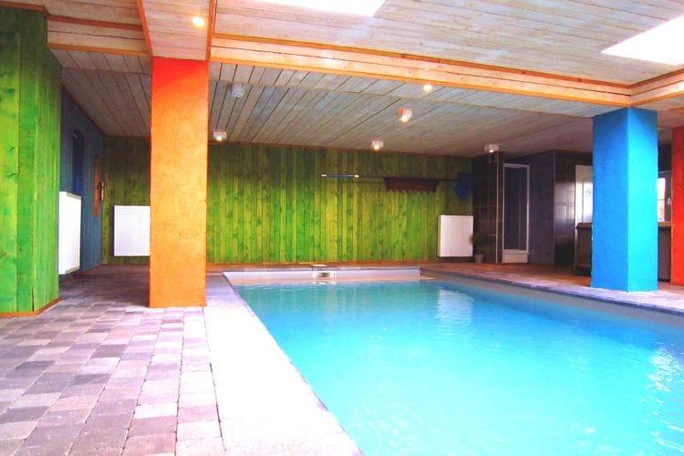 Vakantiehuis met zwembad met wifi  WaimesOutrewarchenne