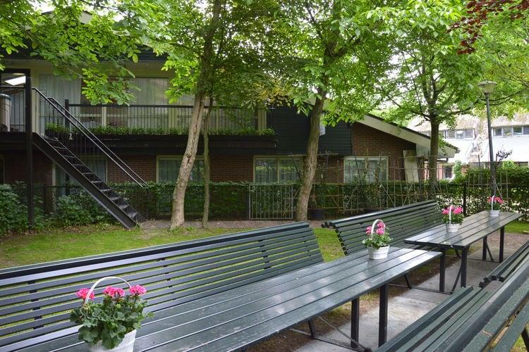 Putten Vakantiewoningen te huur Groot groepshuis met vele faciliteiten en slaapkamers met eigen badkamer