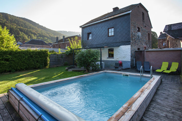 Vakantiewoning met zwembad met wifi  Coo  Charmante gîte in de landelijke omgeving van het dorp Coo