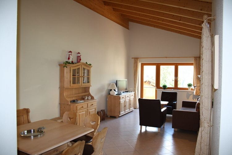 Ref: AT-5754-13 3 Bedrooms Price