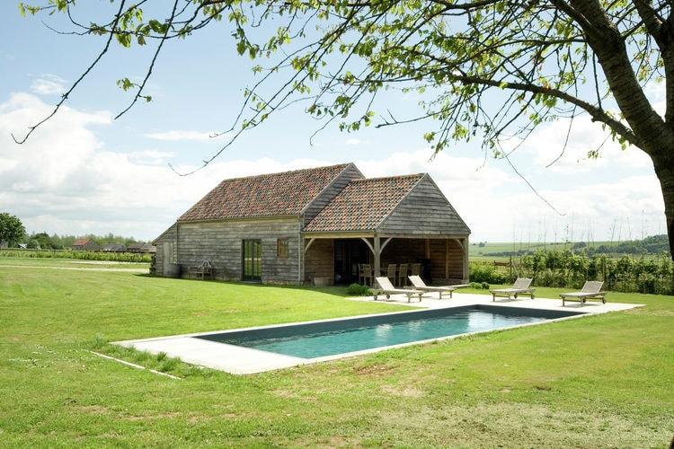 Belgie | Namen | Vakantiehuis te huur in Perwez-Haillot met zwembad  met wifi 20 personen