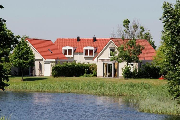 Vakantiewoning  met wifi  Heel  Comfortabel en verzorgd ingerichte accommodaties, gelegen op waterrijk park aan de Boschmolenplas