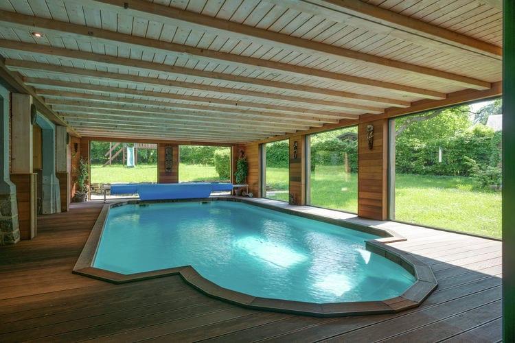 Vakantiehuis met zwembad met wifi  Hockai  Château de luxe