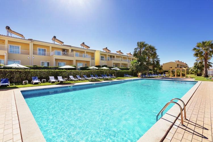 Appartement met zwembad met wifi aan zee  PortugalApt Férias T1