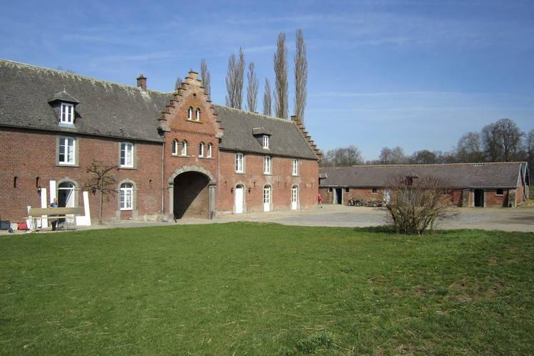 vakantiehuis België, Namen, Beuzet vakantiehuis BE-5030-02