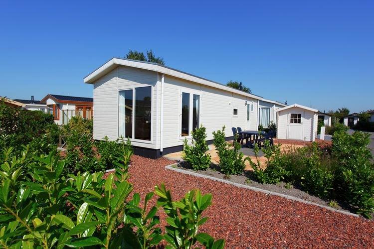 Egmond-ad-Hoef Vakantiewoningen te huur Comfortabel vrijstaand chalet, gelegen op vakantiepark met zwembad niet ver van strand en zee