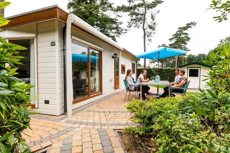 Vakantiehuizen Nederland | Gelderland | Chalet te huur in Lunteren met zwembad  met wifi 4 personen