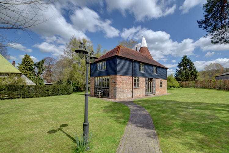Holiday house Kings Bank Oast (599852), Beckley, Sussex - Brighton, England, United Kingdom, picture 1