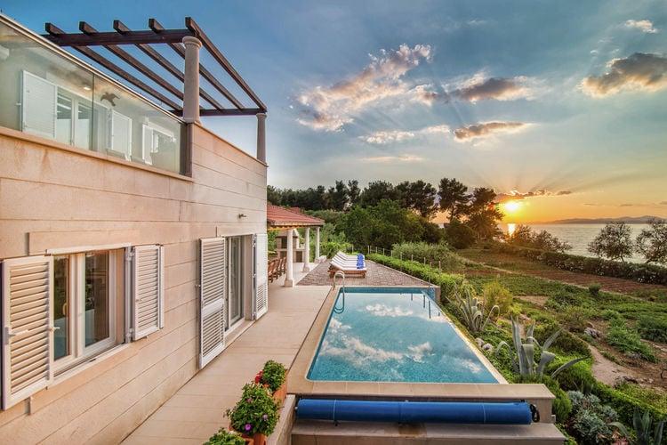 Villa Kroatië, eld, Mirca Villa HR-21400-13