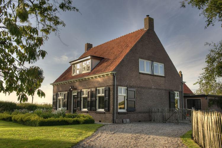 Sfeervol ingerichte vakantiewoning centraal gelegen in Zeeuws Vlaanderen