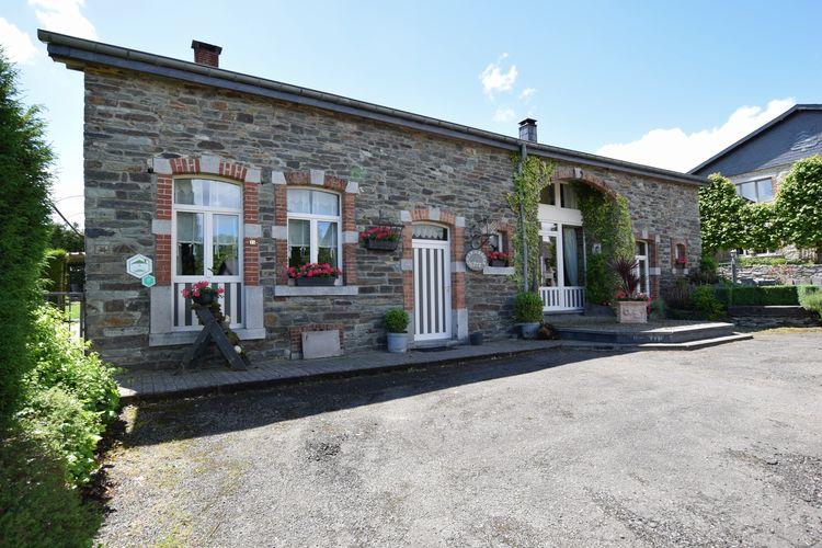 Vakantiehuis  met wifi  Jehonville  Een oude boerderij zorgvuldig gerestaureerd, in een vredig Ardens dorp