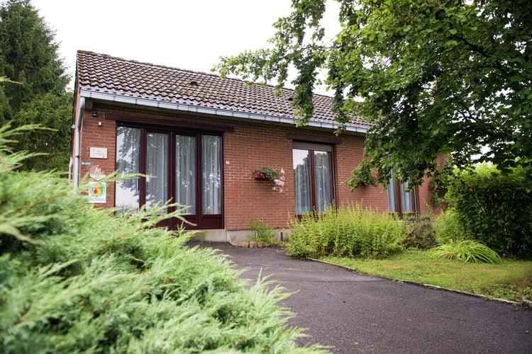 Vakantiewoning  met wifi  Froidchapelle  Gerenoveerd huisje op een rustige bosrijke terrein ideaal voor natuurliefhebbers