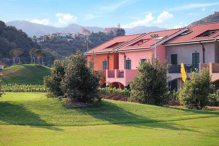 Appartement met zwembad met wifi  CastellaroCastellaro Golf Resort 2
