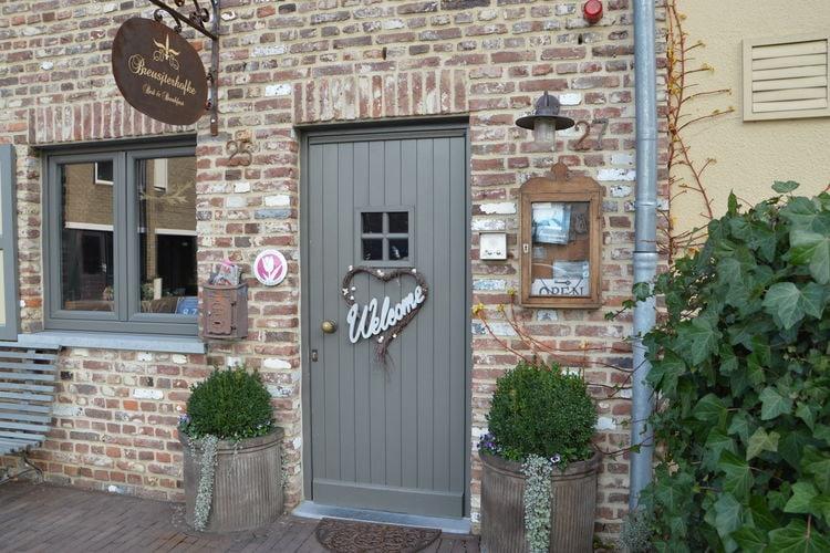 vakantiehuis Nederland, Limburg, Eijsden vakantiehuis NL-6245-15