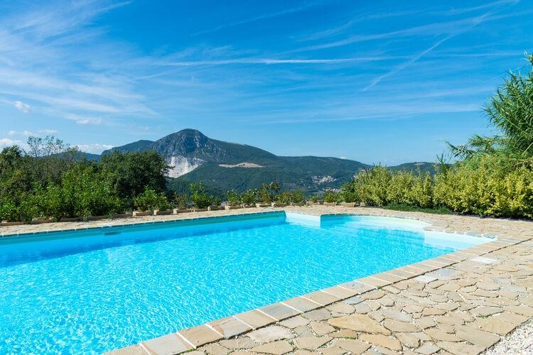 vakantiehuis Italië, Marche, Serra san Quirico vakantiehuis IT-60040-02