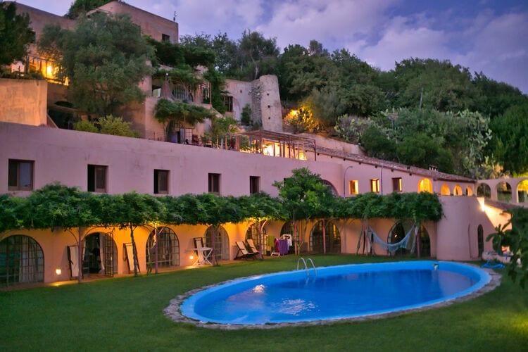 Vakantiehuizen Italie | Basilicata | Vakantiehuis te huur in Ricadi met zwembad  met wifi 5 personen