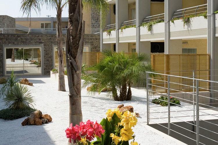 Comfortabel appartement met airco, gelegen op resort direct aan het strand