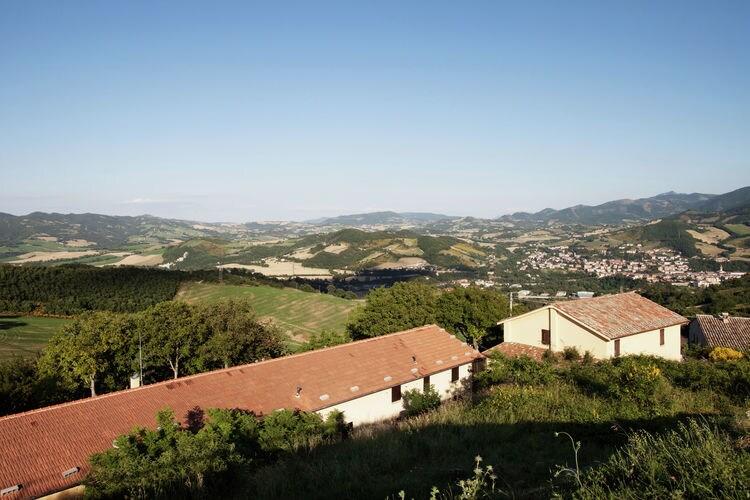 Boerderij Italië, Marche, Cagli Boerderij IT-61043-34