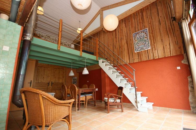 Maison de Vacances - Lavoine - Accommodation