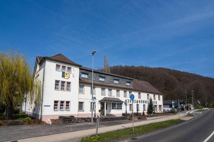 Duitsland | Eifel | Vakantiehuis te huur in Schleiden   met wifi 30 personen