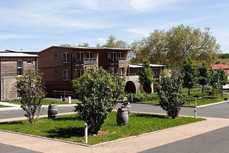 Midi-pyrenees  Appartementen te huur Appartementen in een van de mooiste dorpen van Frankrijk: Montréal du Gers
