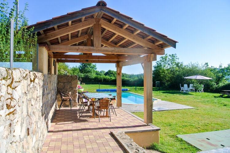 Vakantiehuizen Frankrijk | Auvergne | Vakantiehuis te huur in Lavoine met zwembad   10 personen