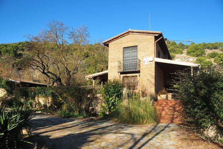 Castilla Y Leon Vakantiewoningen te huur Boerderij nabij de mooie stad Palencia in de heuvels van Castilla y Leon