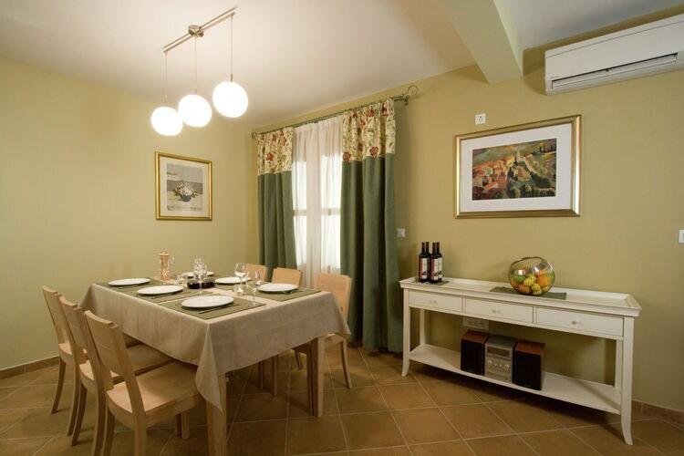 Villa Kroatië, eld, Hvar Villa HR-21450-04