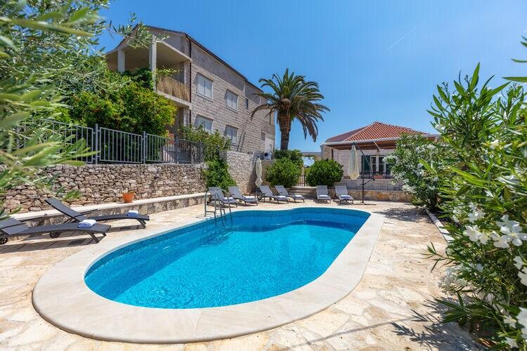 Villa Kroatië, eld, Sumartin Villa HR-21425-03
